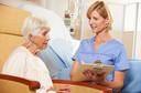 Carga de trabalho e formação profissional de enfermeiros pode afetar os resultados de pacientes internados, segundo artigo publicado pelo The Lancet