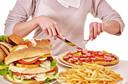 Comportamentos alimentares desordenados estão associados a outros transtornos de saúde mental entre adolescentes