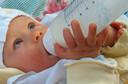 Concentração urinária de bisfenol A (BPA) é associada à obesidade em crianças e adolescentes, em artigo publicado pelo JAMA