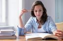 Cortisol mais alto associado a menor volume cerebral e perda de memória, principalmente em mulheres