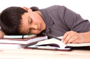 Distúrbios do sono podem agravar depressão em adolescentes