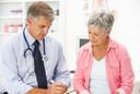 Incidência de hipercalciúria e hipercalcemia durante a suplementação de cálcio e de vitamina D em mulheres na pós-menopausa