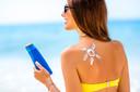 Ingredientes ativos do filtro solar são absorvidos sistemicamente pelo corpo e se acumulam em altos níveis no plasma sanguíneo