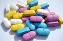 Medicamentos comuns se acumulam nas bactérias intestinais, o que pode reduzir a eficácia do medicamento e alterar o microbioma intestinal