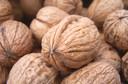 Pesquisa revela: nozes combatem danos de gordura nas artérias e trazem mais benefícios que o azeite