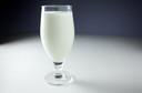 Produtos lácteos podem causar acne em adolescentes?