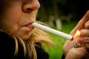 Suscetibilidade ao fumo e exposição ao marketing relacionado ao tabaco entre jovens que nunca fumaram foram preditivos do tabagismo futuro