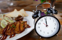 Um padrão irregular de alimentação pode colaborar para fatores de risco cardiometabólicos